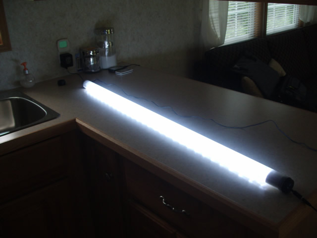 LED Replacement Fluorescent Tube