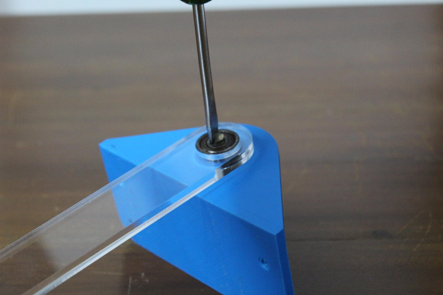 Mounting the Pendulum