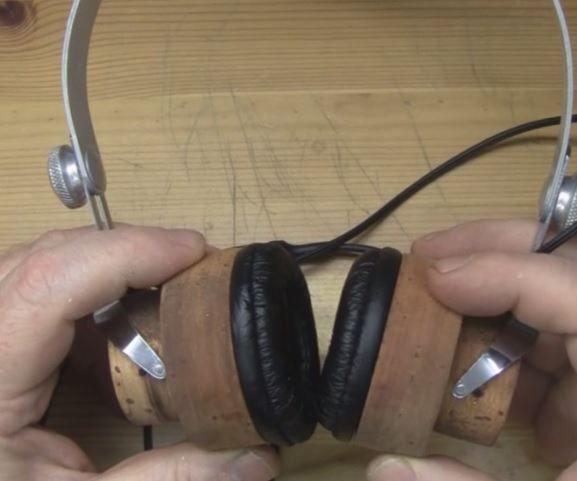 Wood and Concrete Headphones mk2