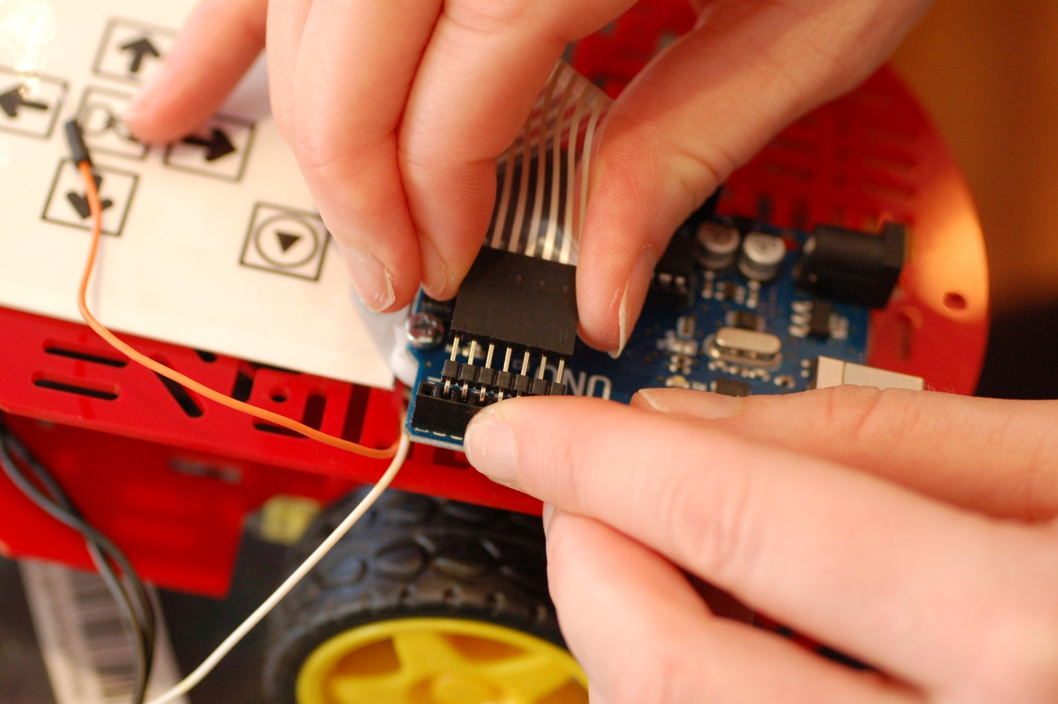 Attach Ribbon Cable to the Ardunio