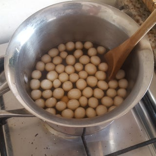 How to Make Tapioca Pearls From Scratch.