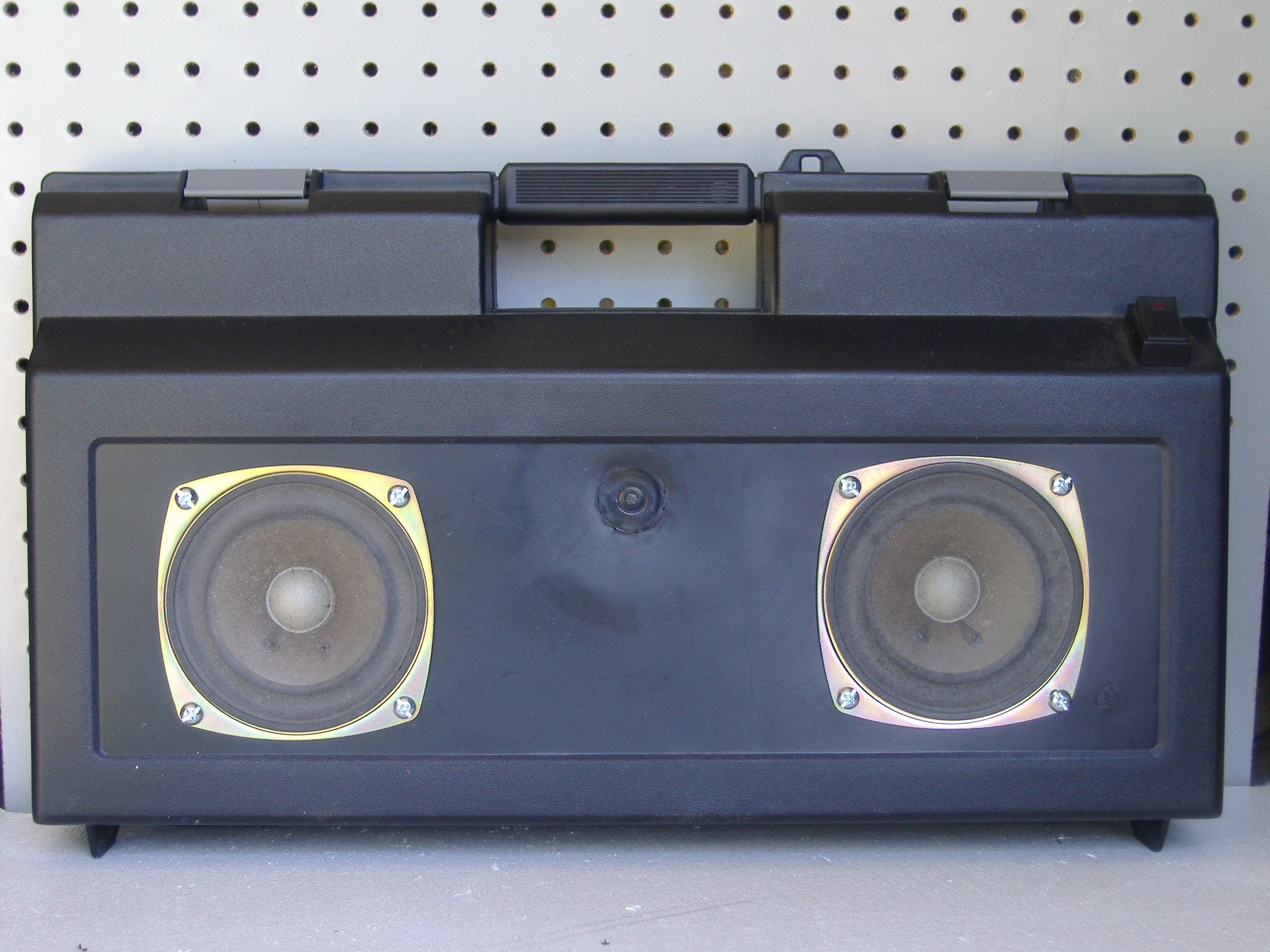 Solar Stereo