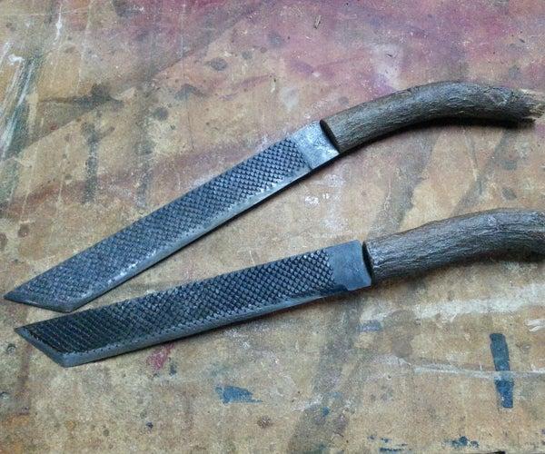 Rasp and Pepper Tree Knife