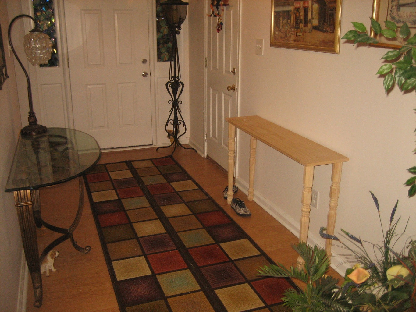 THE CONSOLE TABLE