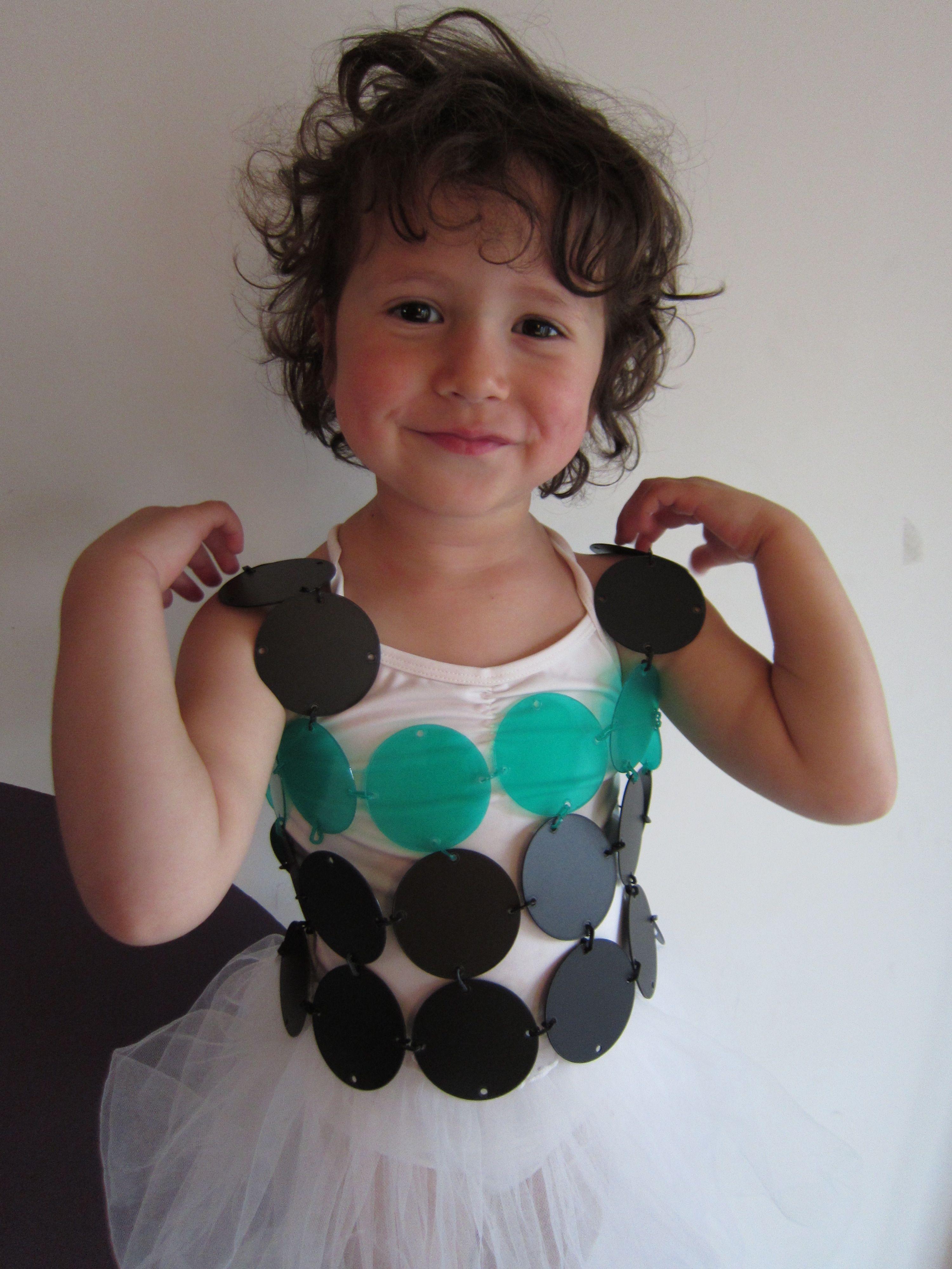 Magic dress: Dream it, Remake It, Wear It.