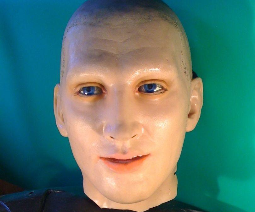 Making a life sized talking humanoid head