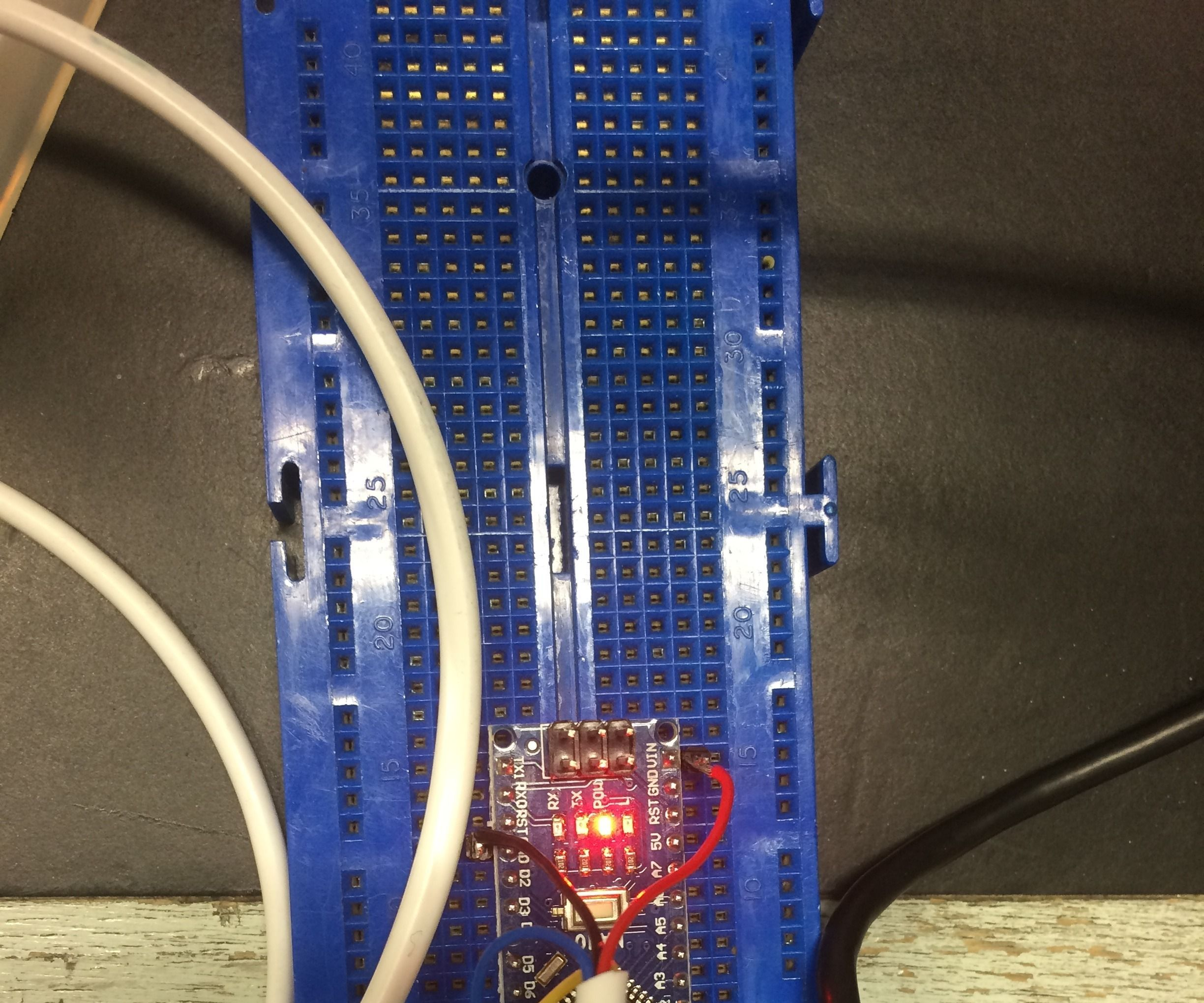 Measuring Volume of Water in a Tank Using Arduino and Ultrasonic Sensor