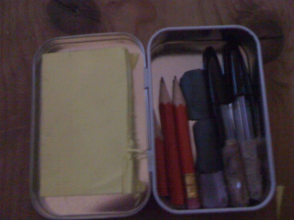 Altoids Tin Doodle Pad / Pencil Case