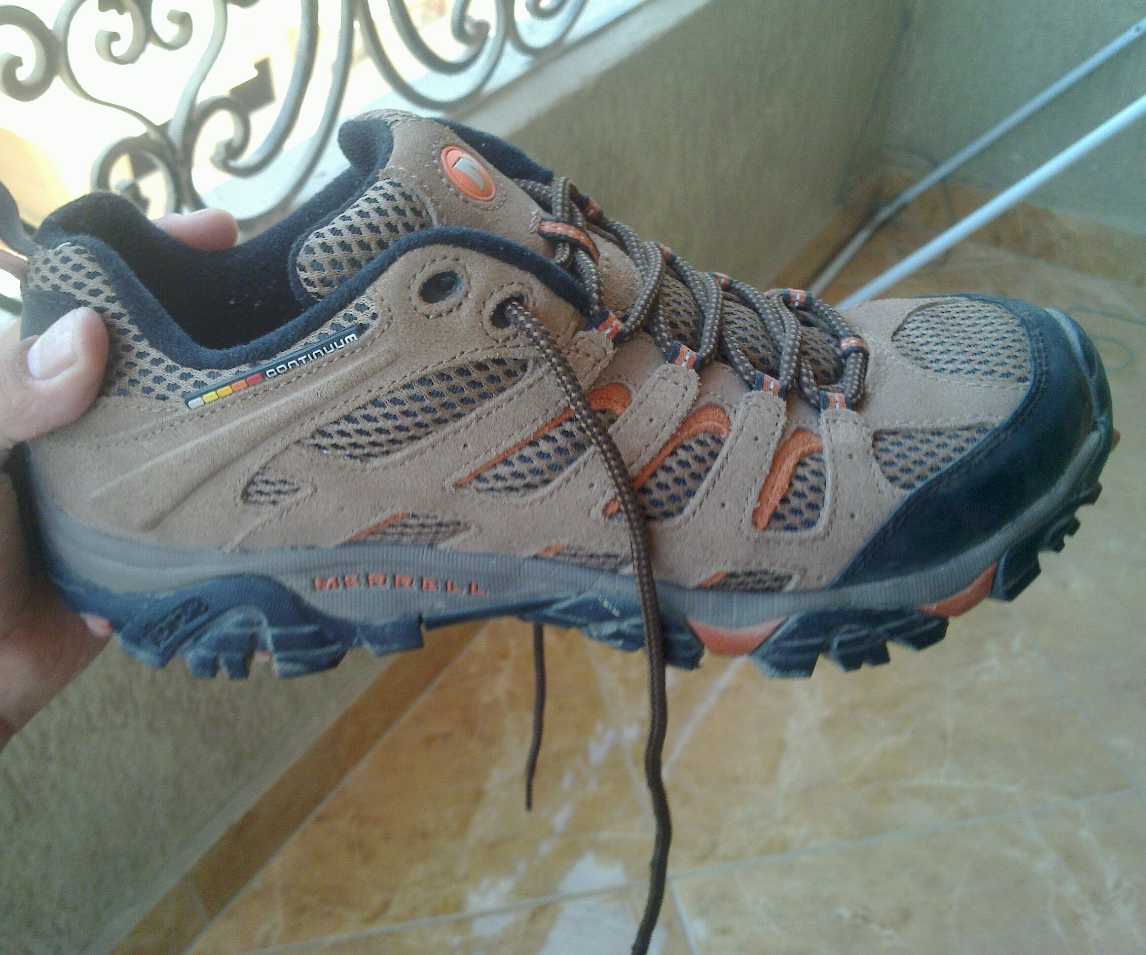 Hack / Break In tight hiking shoes