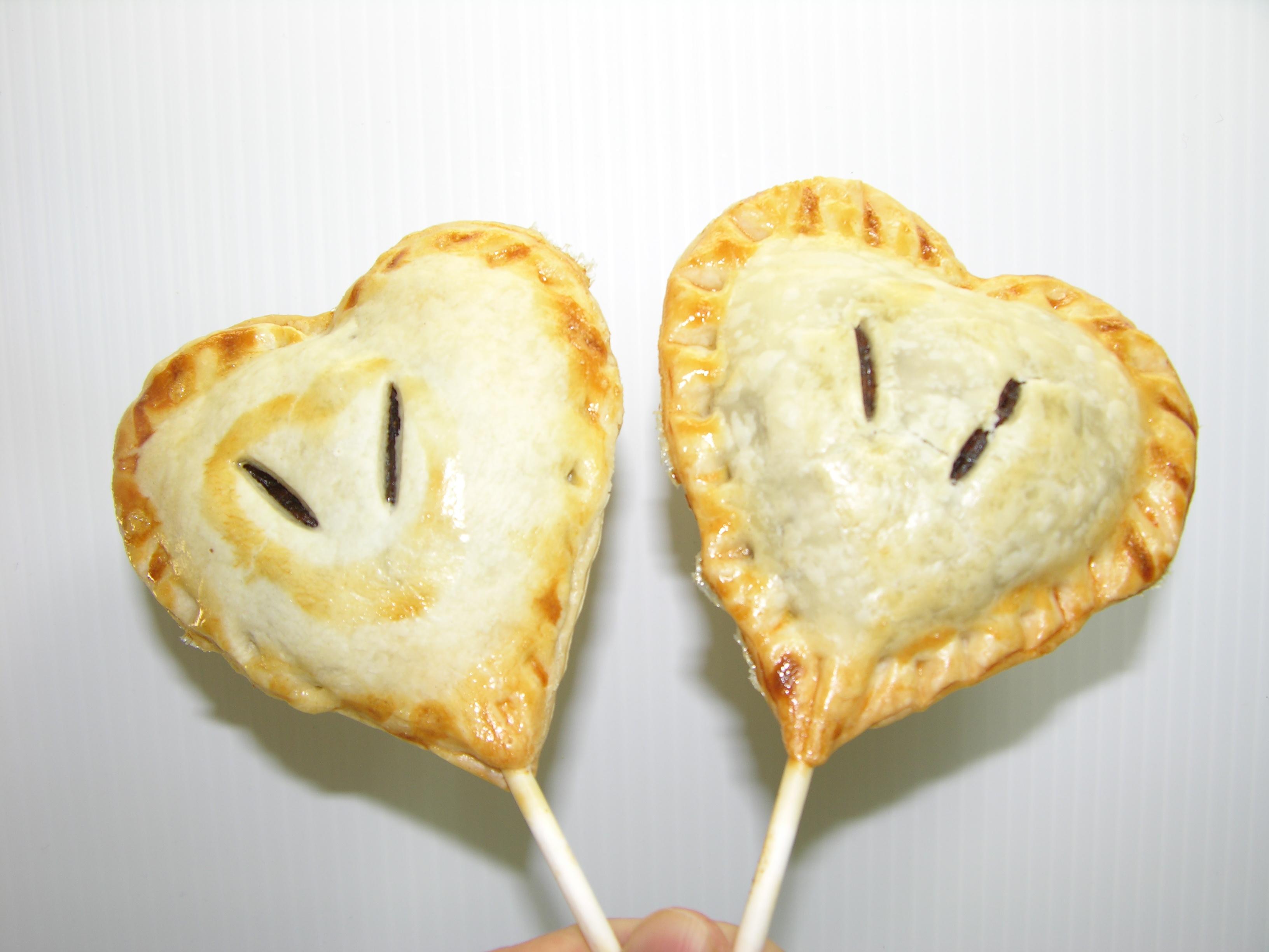 Valentine week heart pie pops