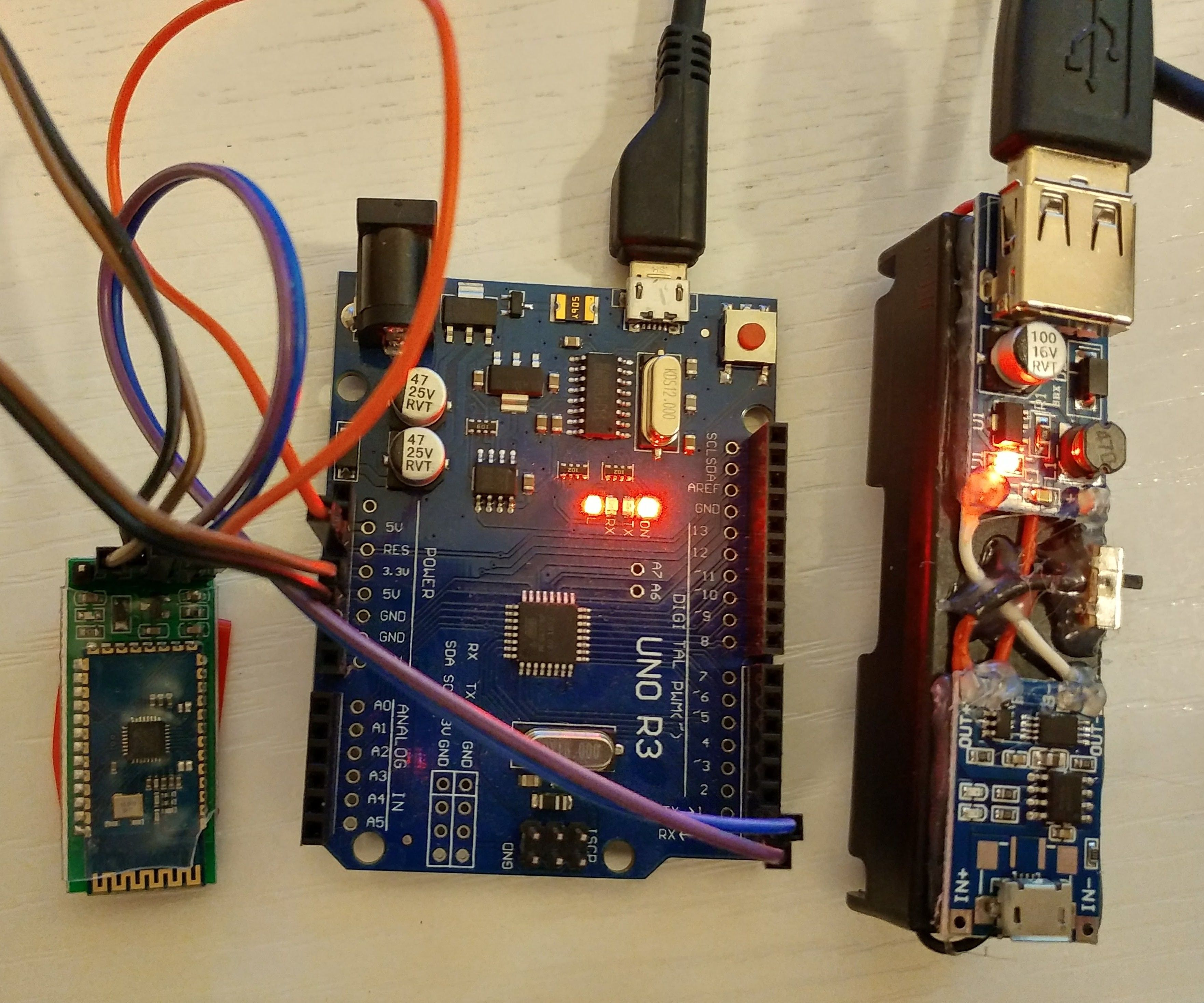 Arduino Remote/wireless Programming and Test With Homemade Power Bank