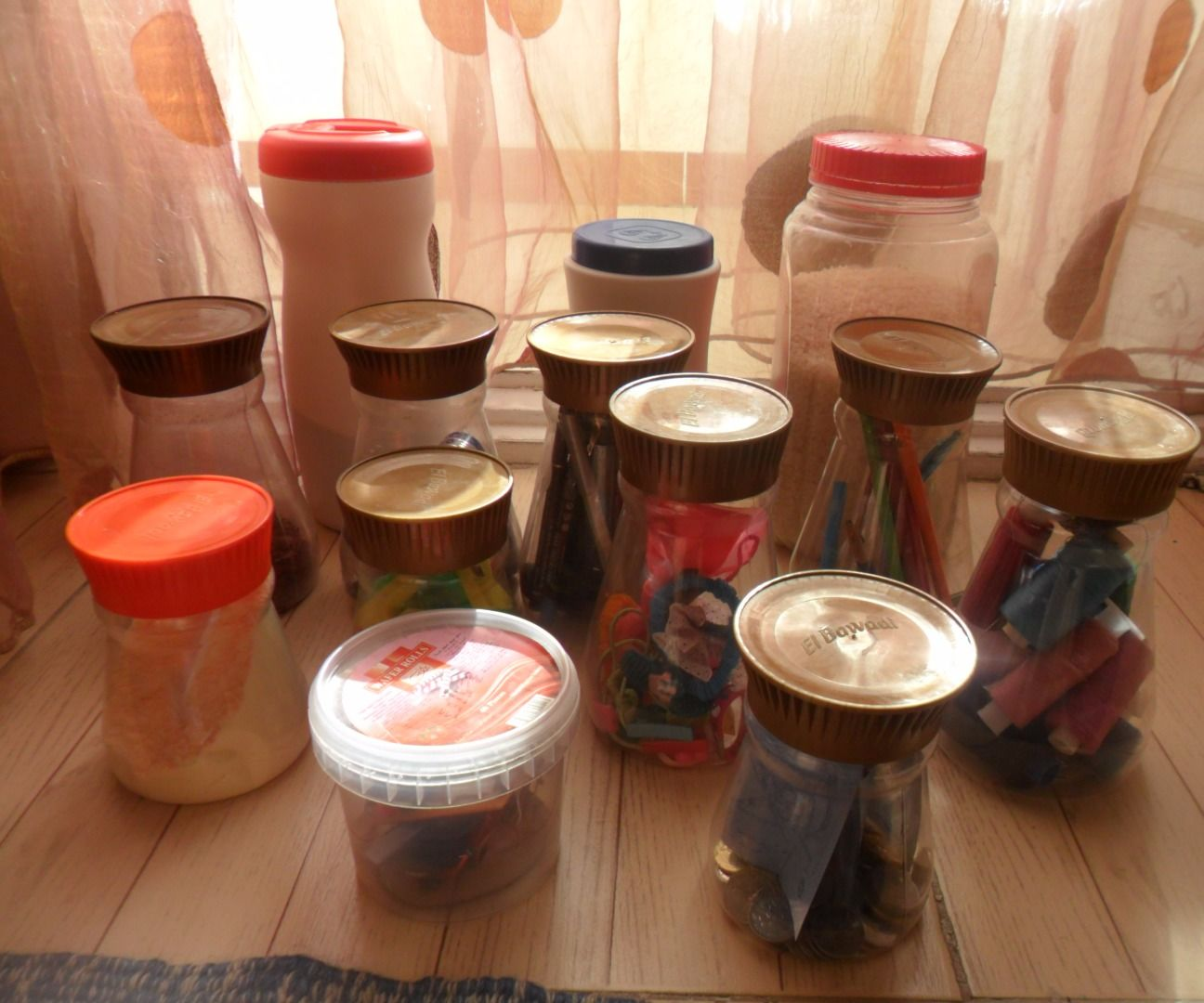 More Than 21 Uses of Plastic Jars