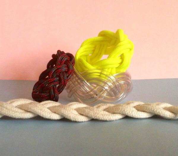 How to Make a Turk's Head Sailors Bracelet
