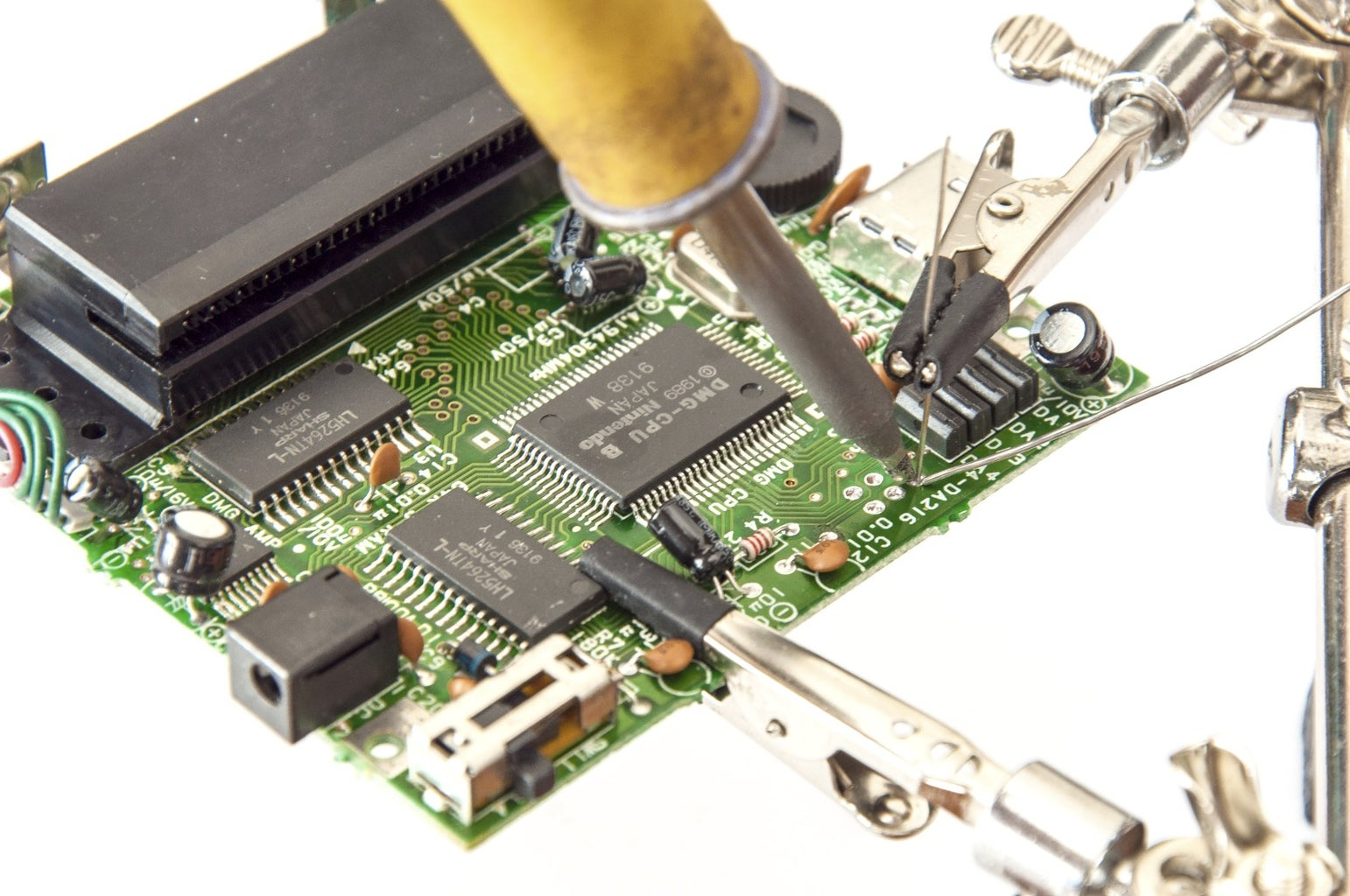 Solder 4 Leads or Wire to the Data, Ground, and Power Pads on the DMG Mainboard (CPU Side)