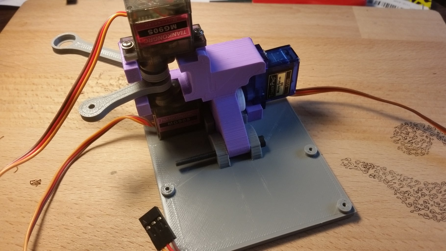 Attaching the Servos to the Body + Base