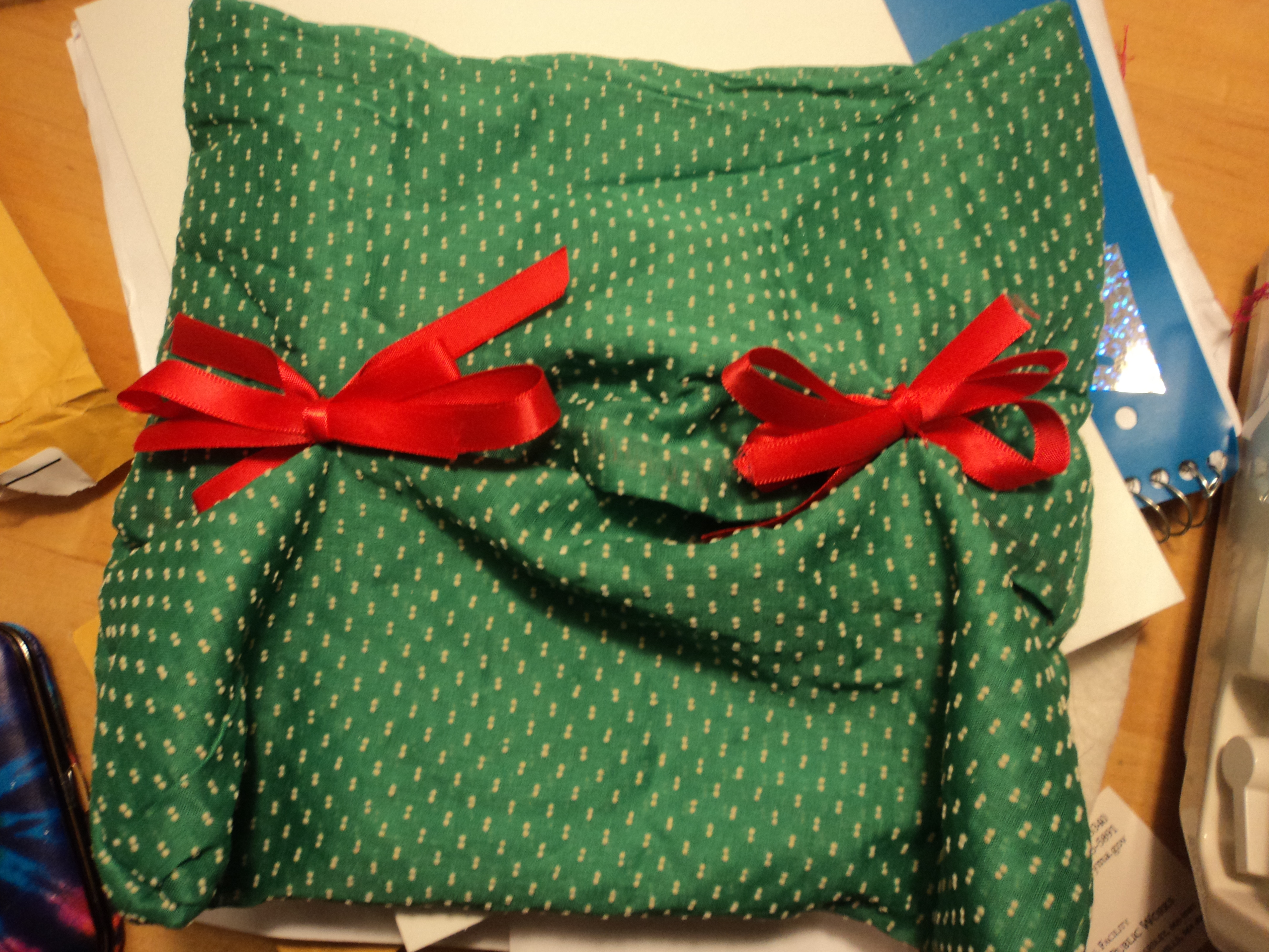 Reusable Wrapping out of found fabric