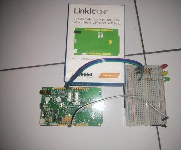 Linkit One: Traffic Light Simulation