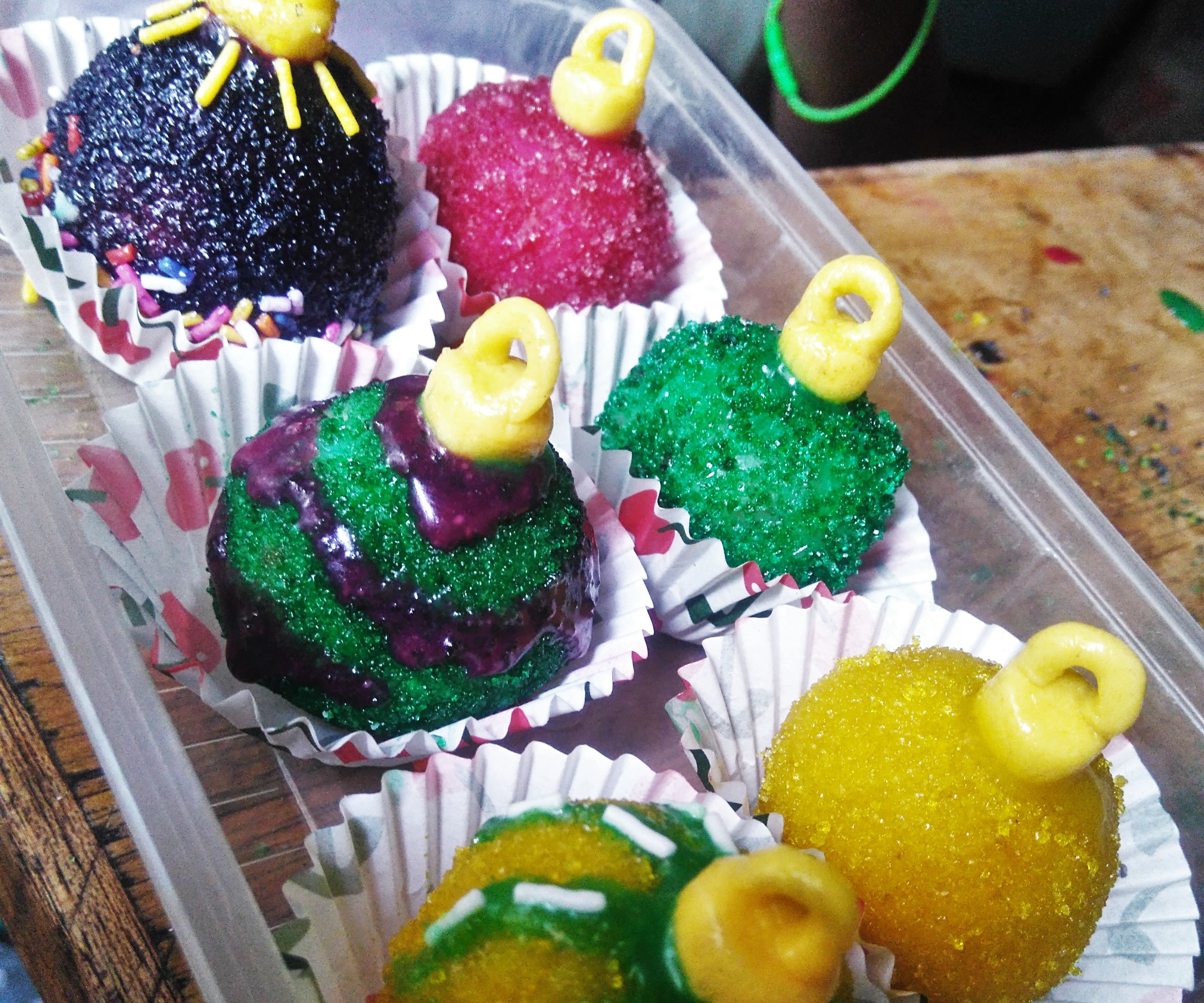 Ornaments Cake balls, with DIY edible glitters!!!