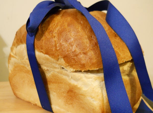 Picnic Sandwiches in a Bread Box