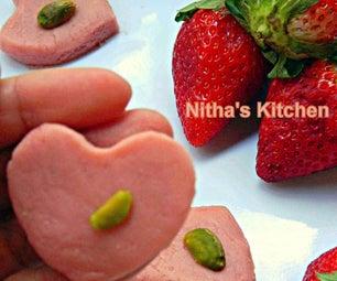 Strawberry Milk Peda   Paalkova   South Indian Delicacy