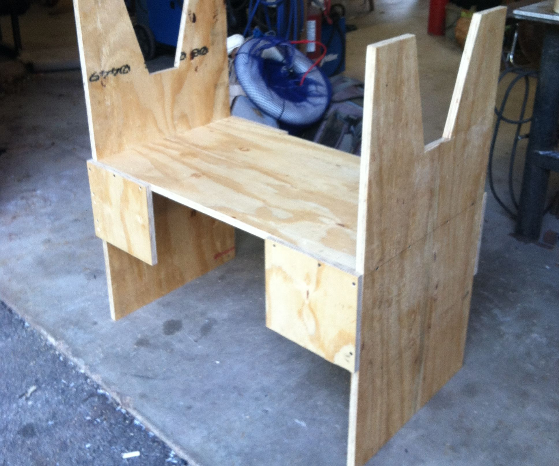 BUILD a SURFBOARD SHAPING RACK QUICKLY AND CHEAPLY