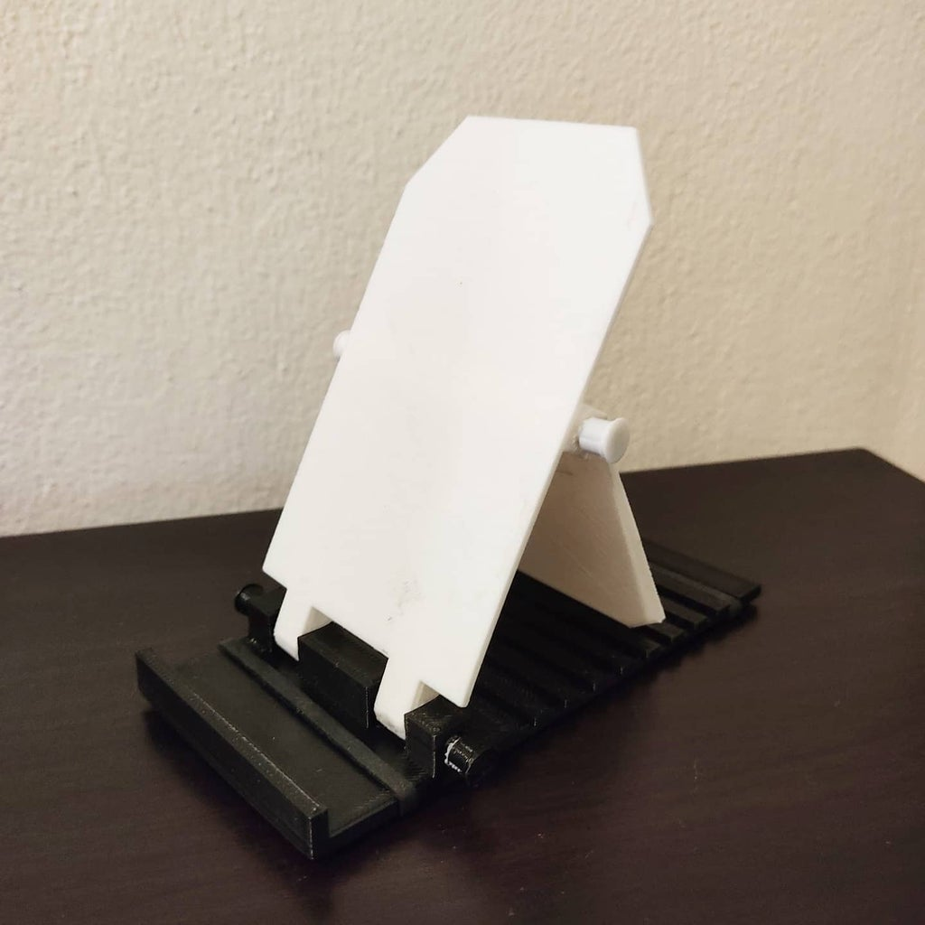3D Printed Phone Stand - Make It Move
