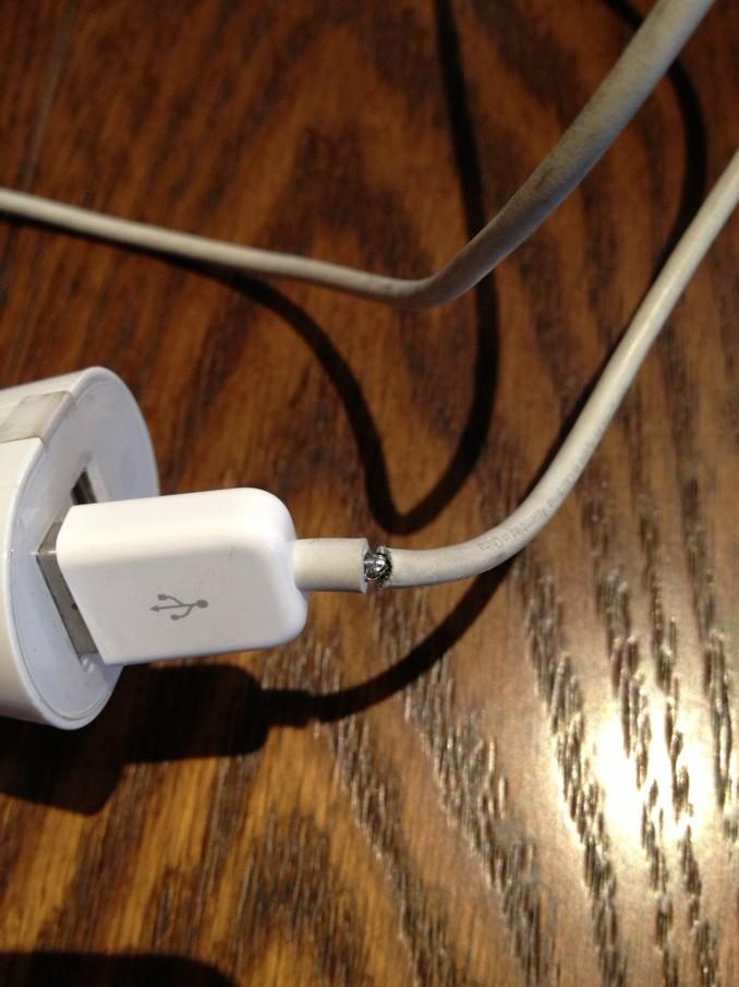 Sugru fixes iphone data line