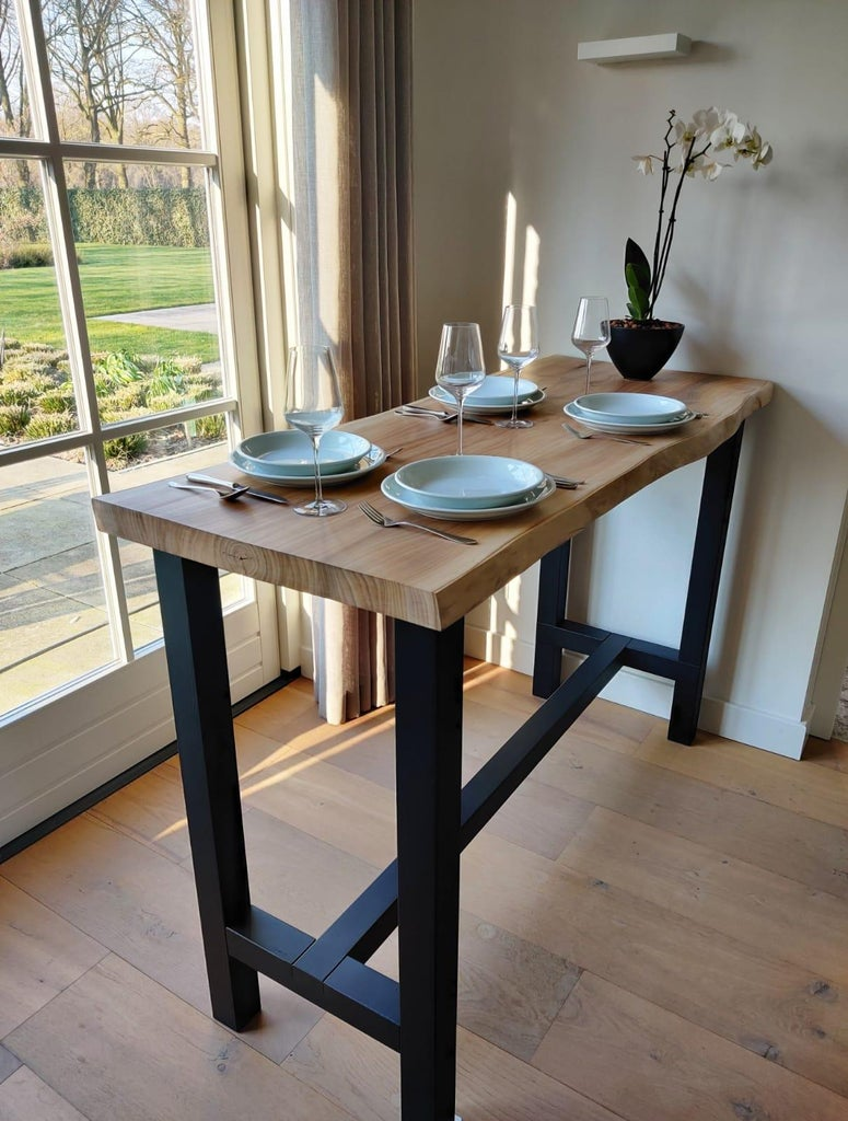 Bar-table