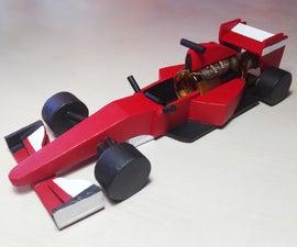 F1赛车与微型瓶子从碎片