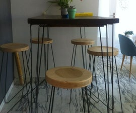 Table and Stools With Hairpin Legs