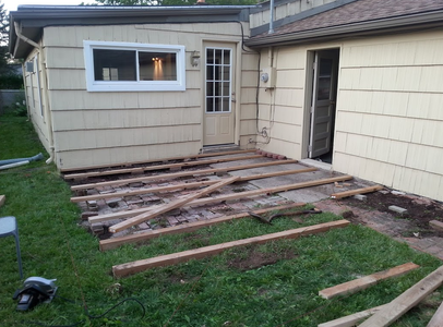 Build (Joists) Day 1