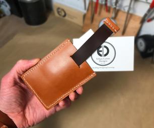 如何使皮革拉标签简约钱包(免费模板!)