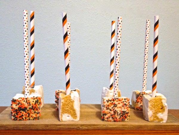 Pumpkin Spice Swirled Marshmallow Pops