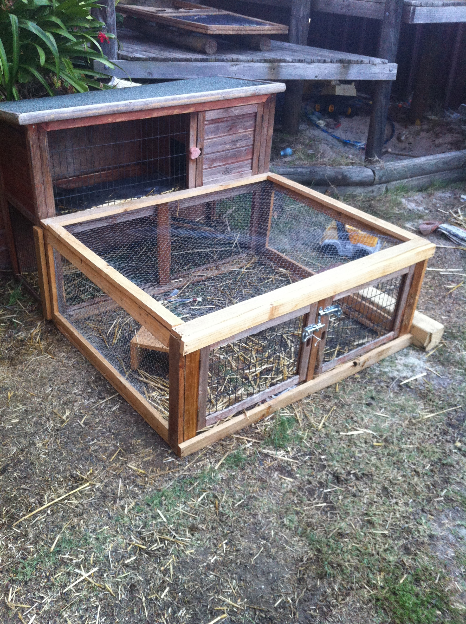 Guinea Pig Hutch/Extension