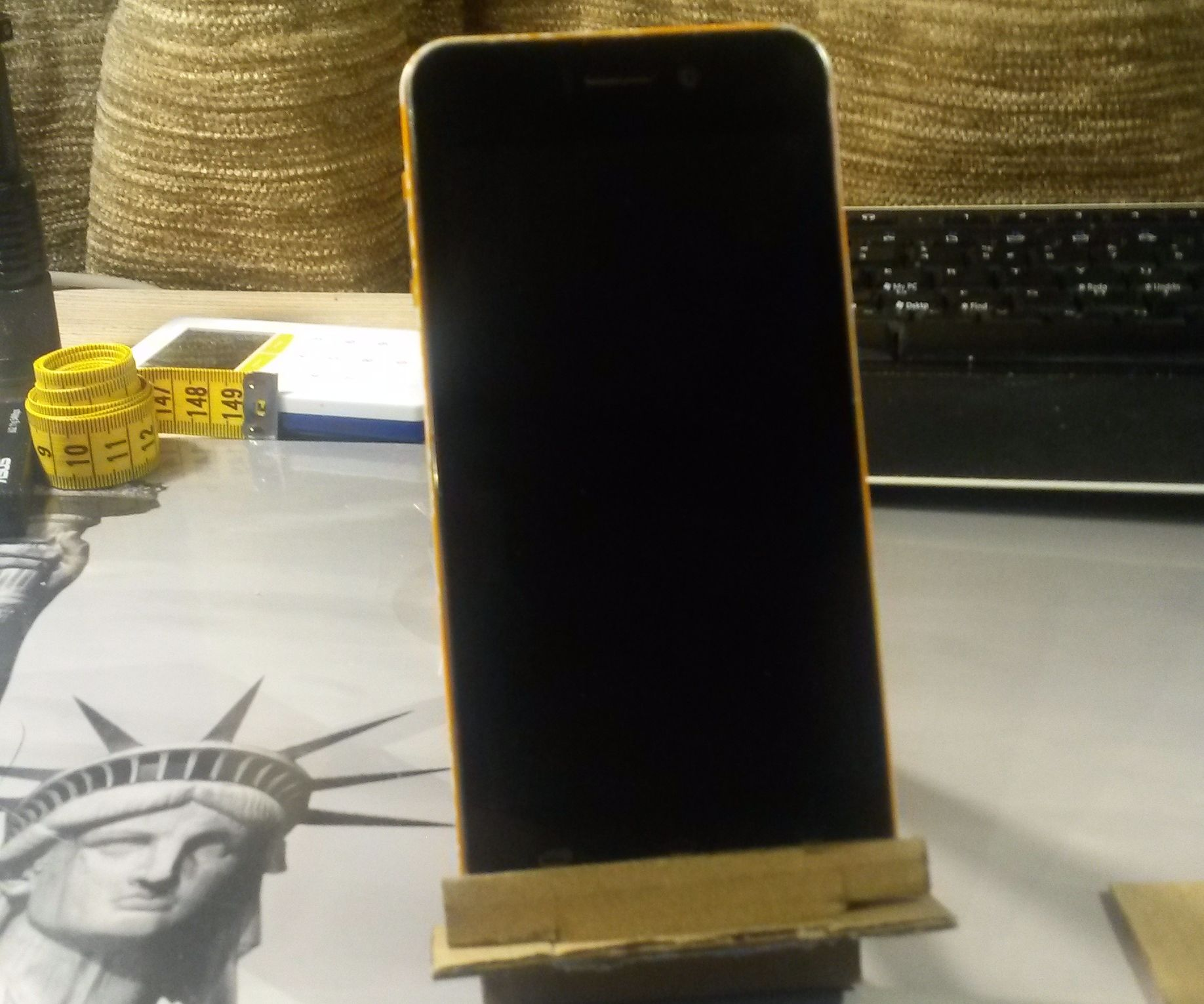 Cardboard-only phone holder