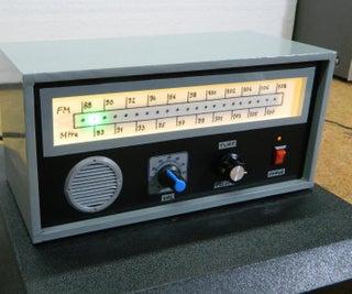 DIY Arduino复古外观线性比例调频收音机
