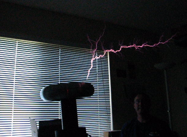 Build and Code a MONSTER Musical Tesla Coil With a Microcontroller