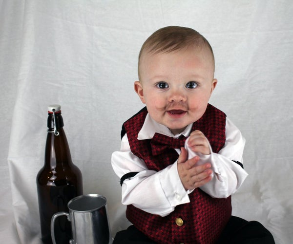 Quick and Easy Klondike Bartender Costume