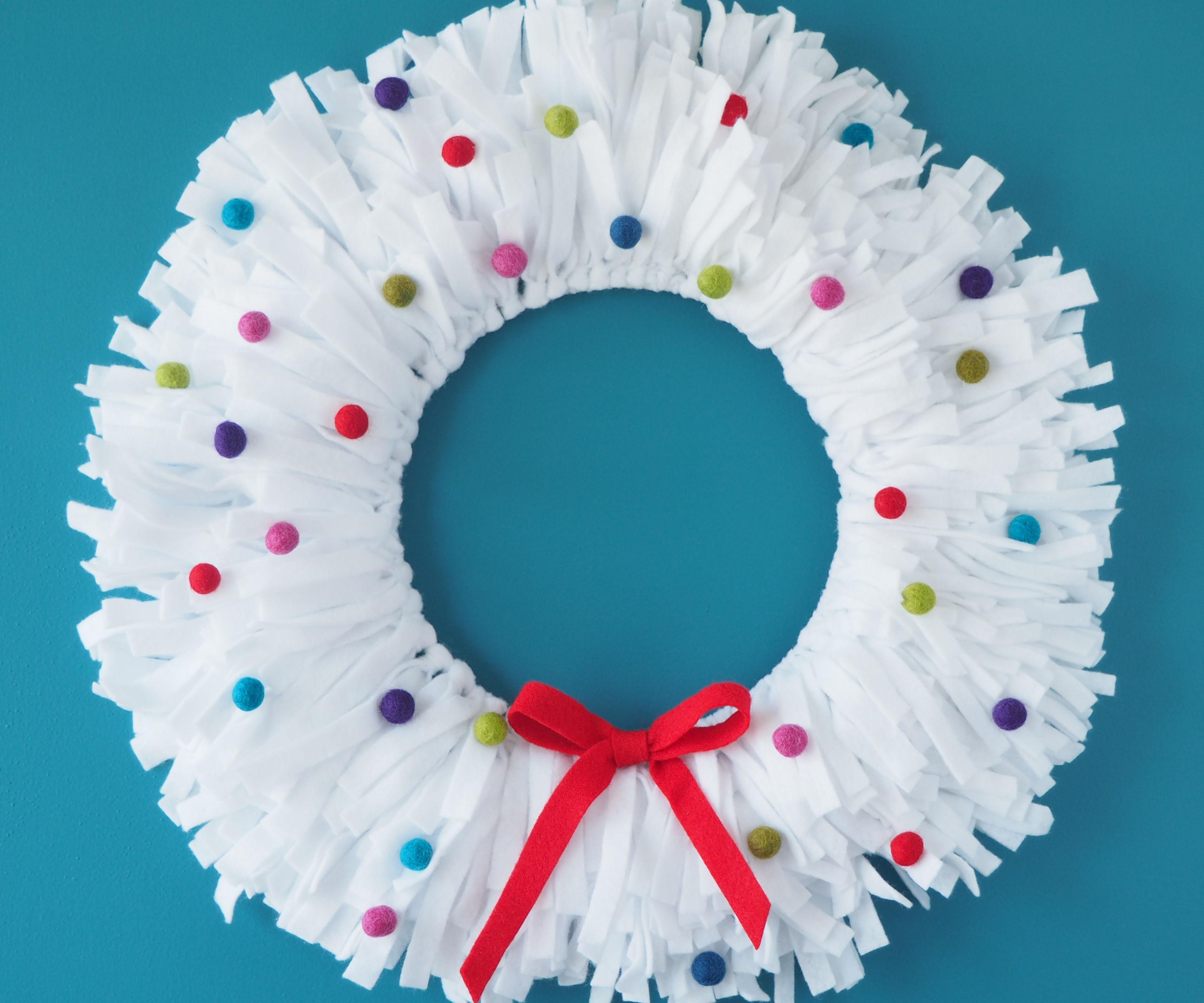 Felt Holdiay Wreath