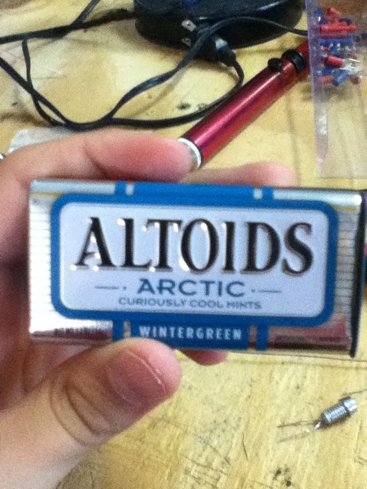 The Magnetically Switched Altoids LED Flashlight!