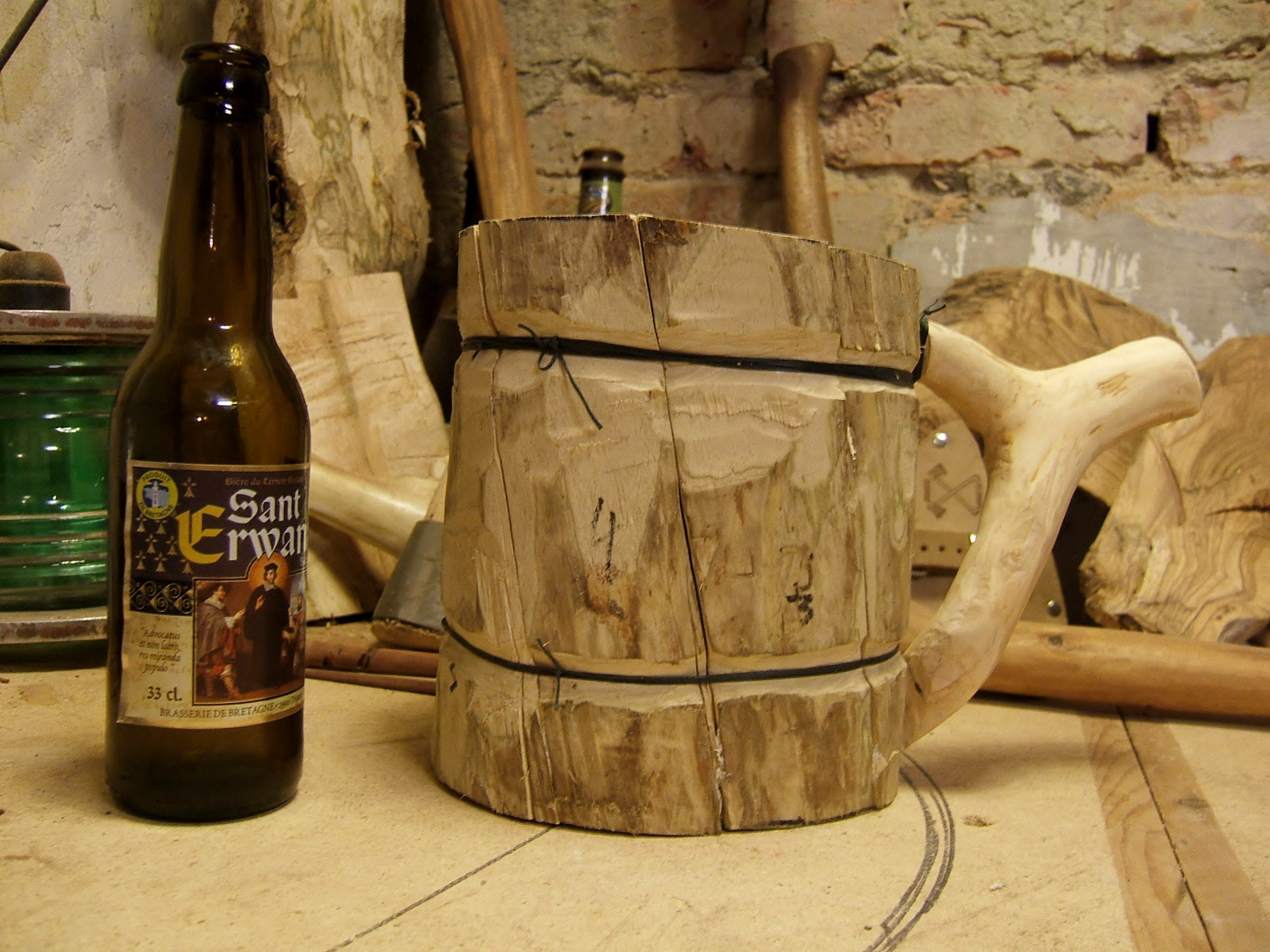 Viking Beer Mug No Power Tools The Bushcraft Way 13 Steps With Pictures Instructables