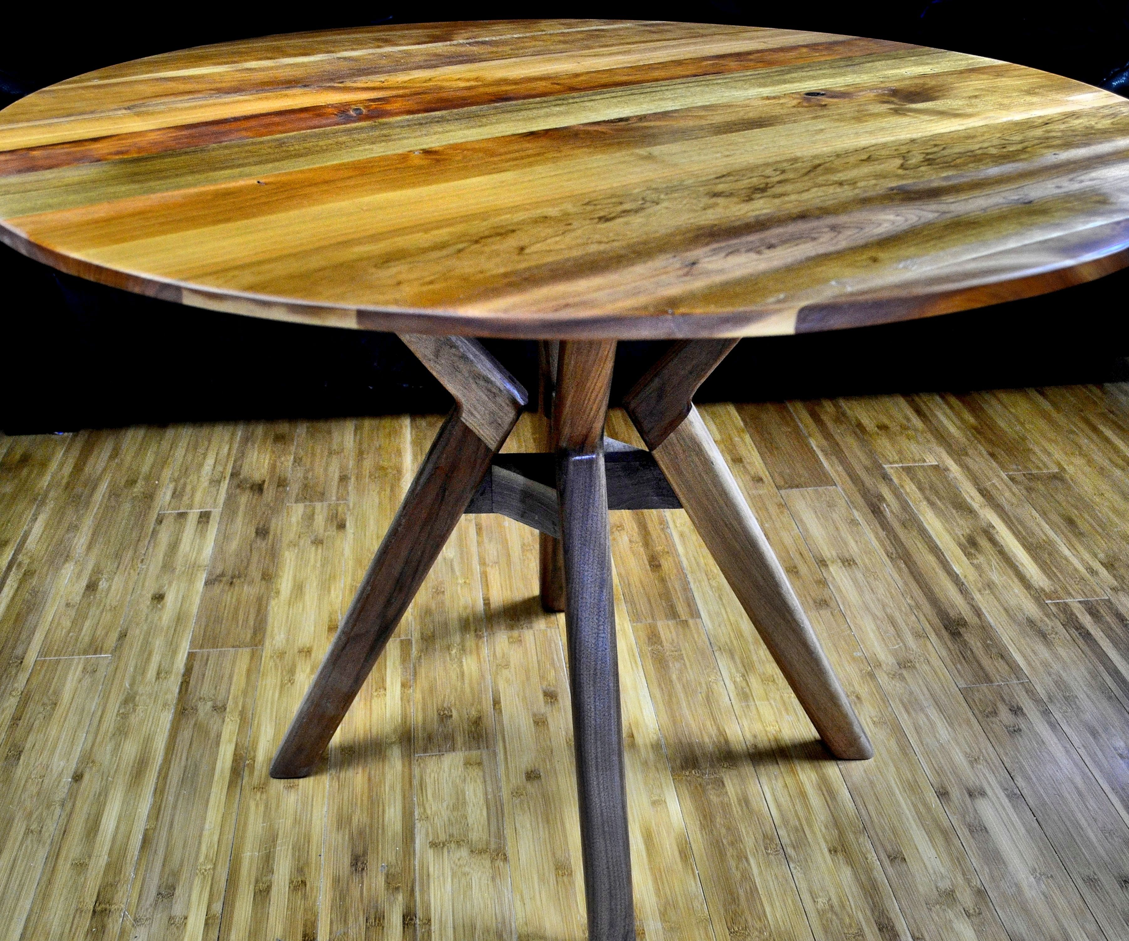 How to cut a round Table top with a circular saw