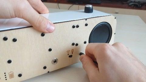 Setting Up the Speaker