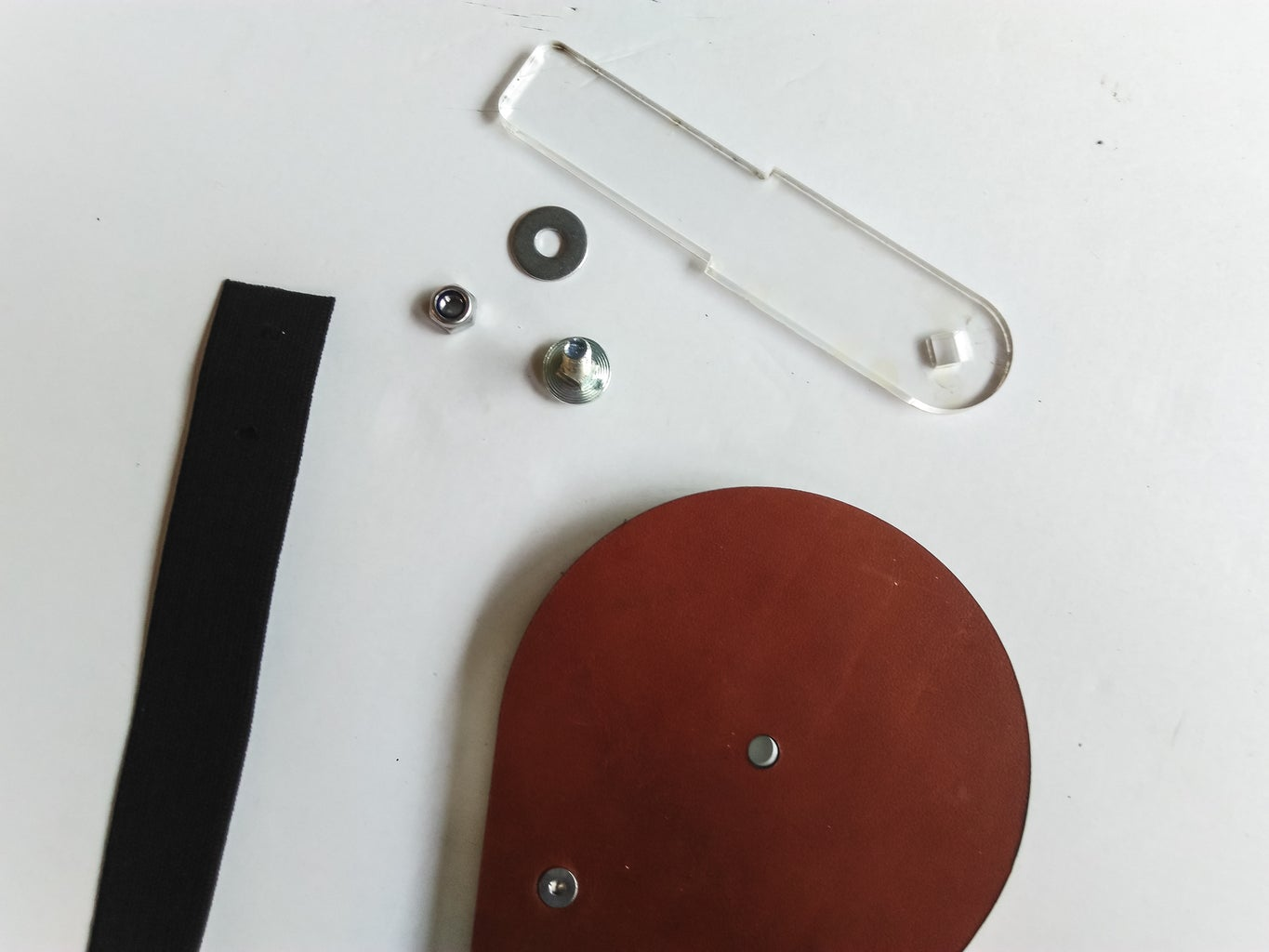 Add Pivot Arm and Handstrap to the Handplate