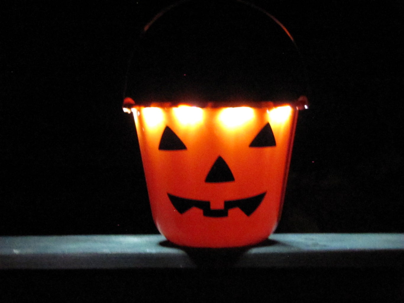 Fire That LED Trick-or-Treat Bucket Up and Be Safe Trick-or-Treating