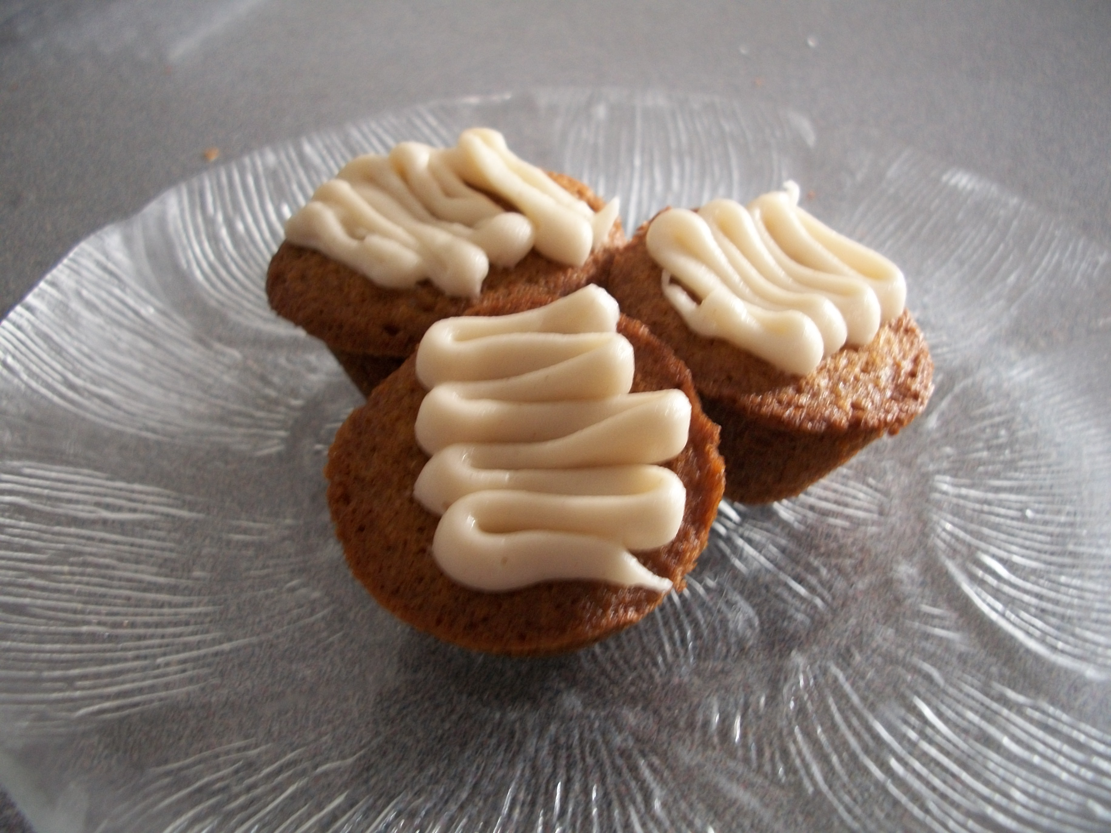 Browned Butter Teacakes with Honey Cinnamon Drizzle