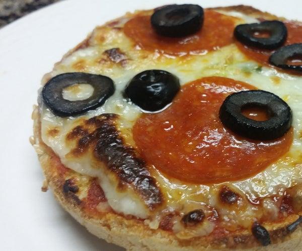 Mini Bun Pizzas With Basil