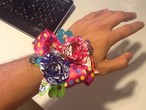 How to make a quick Candy Wrapper Corsage
