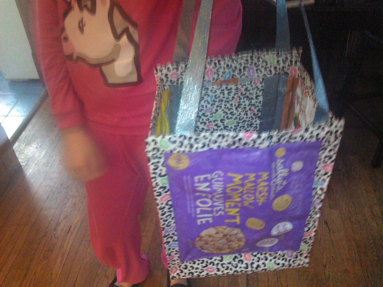 DIY Duct Tape Shopping Bag