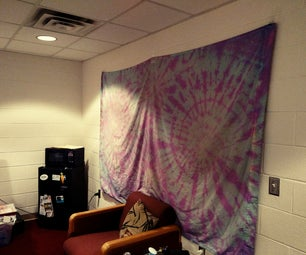 DIY $7 Tapestry